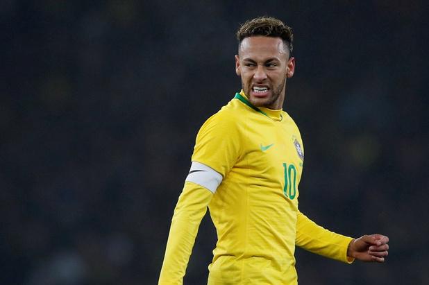 Neymar perd le brassard de capitaine du Brésil