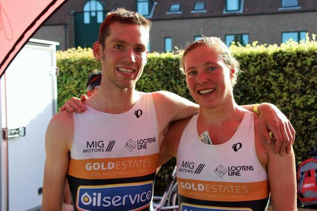 Triatleet Louis Naeyaert wint in zijn Brugge