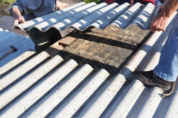 Betere vergoeding voor asbestslachtoffers krijgt groen licht in Kamercommissie