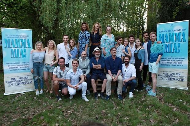 Deep Bridge stelt de sterrencast van 'Mamma Mia' voor in Wilrijk