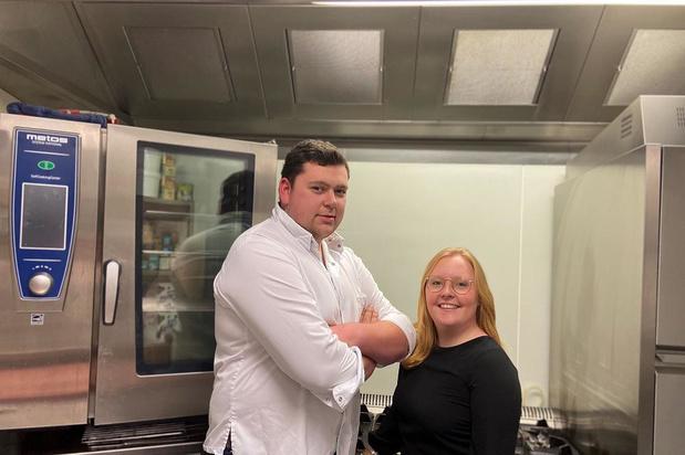 Michiel en Jana starten nieuwe traiteur- en cateringzaak 'Aimer Manger' in Dentergem