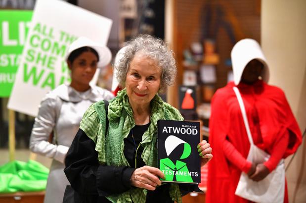 Auteurs Margaret Atwood en Bernardine Evaristo winnen prestigieuze Booker Prize