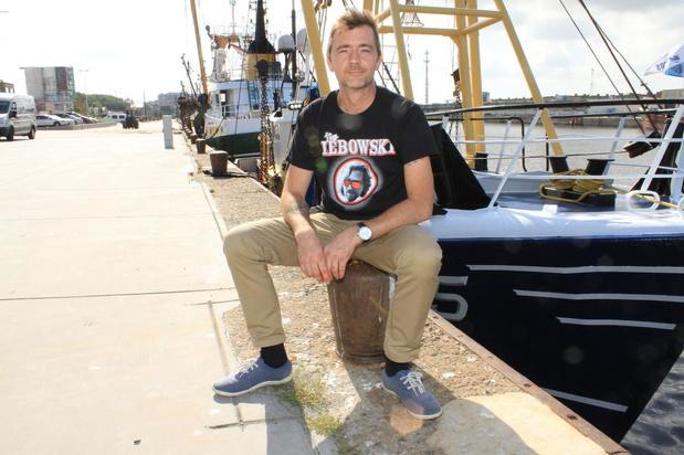 """Visser 'bekeert' zich tot Fishing for Litter dankzij dochter: """"De zee lijkt één pakhuis vol plastic"""""""