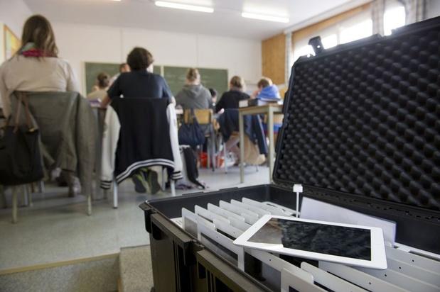 'Vlaanderen moet scholen toelaten om meer vakken in een vreemde taal te geven'