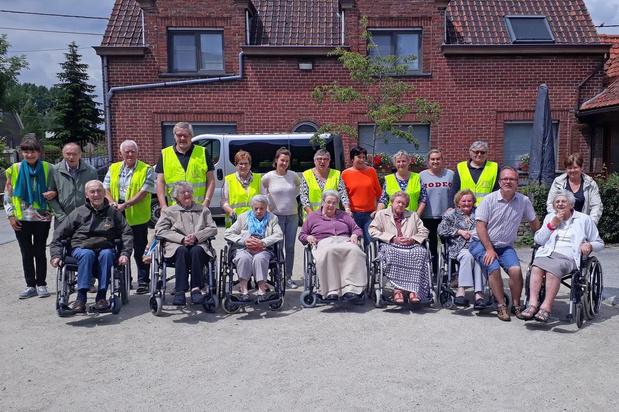 Senioren komen graag naar de kinderboerderij Bokkeslot in Deerlijk