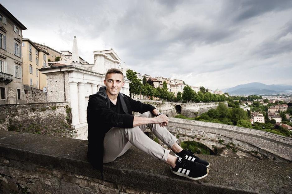 Op bezoek bij Timothy Castagne in Bergamo: 'In Juventus kregen we applaus van het hele stadion'