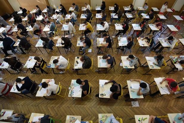 UGent neemt 175.000 examens af op campus, 20.000 examens gebeuren online