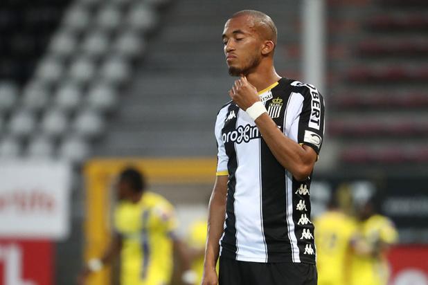 Charleroi surpris à domicile par Saint-Trond (0-3)