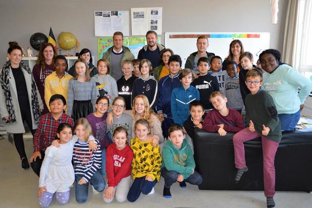 De STEMpel uit Brugge is gastschool voor 'Gluren bij de buren'