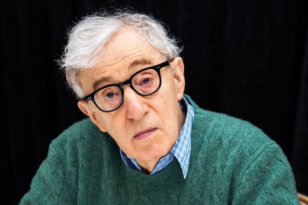 Medewerkers van uitgeverij in VS betogen tegen publicatie autobiografie van Woody Allen