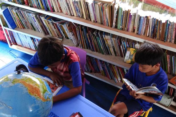 'Op goede jeugdliteratuur staat geen leeftijd: geef ook literatuur die zich op jonge lezer richt een plaats in de canon'