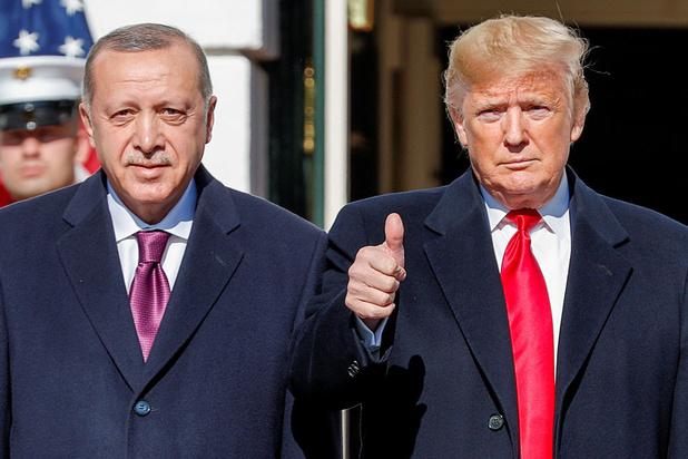 Trump, grand fan d'Erdogan reste évasif sur la Syrie