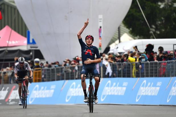 Almeida, en défense, sauve son maillot rose — Tour d'Italie