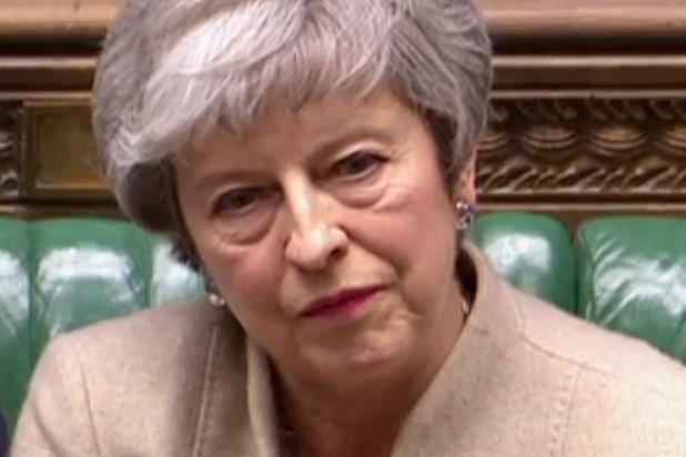 D'échec en échec, le sort de Theresa May ne tient plus qu'à un fil