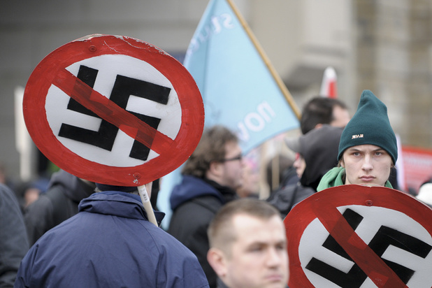 """Allemagne : la ville de Dresde déclare l'""""État d'urgence nazi"""""""