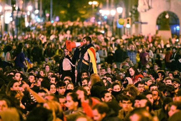 Catalaanse separatisten protesteren voor zevende nacht op rij
