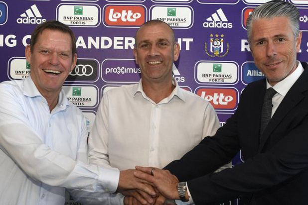 Anderlecht bevestigt: Simon Davies is de trainer die Vincent Kompany meebrengt