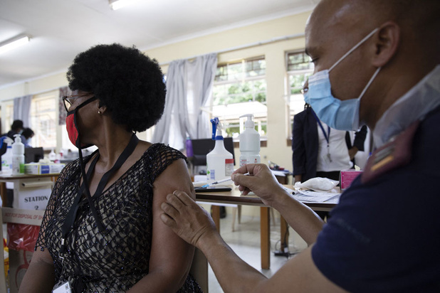 'Vaccinnationalisme kost ons 4000 tot 9000 miljard dollar per jaar'