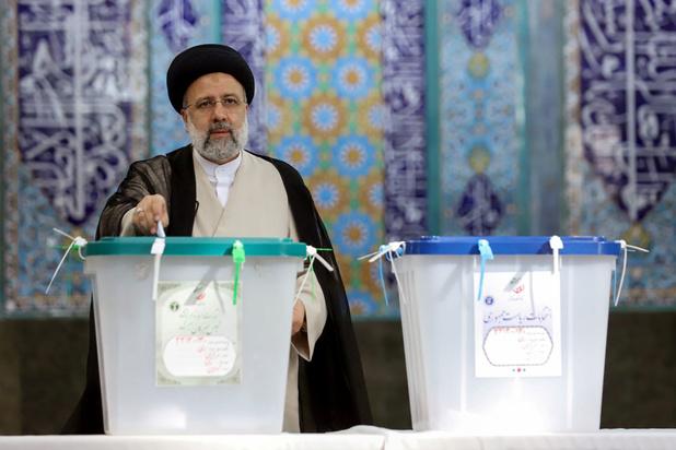 Conservatief Ebrahim Raisi wint de Iraanse presidentsverkiezingen