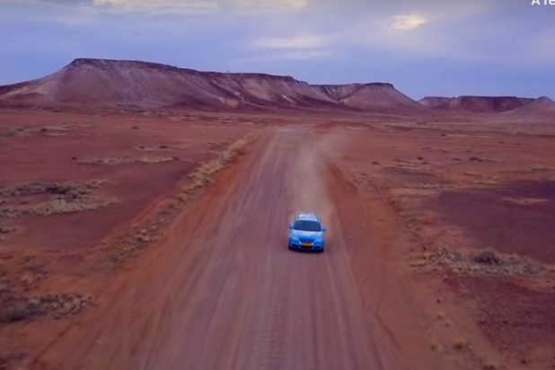 """Un Néerlandais vient d'achever le """"voyage le plus long du monde"""" en voiture électrique"""