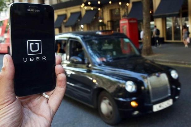 Uber devant le tribunal du travail de Bruxelles concernant le statut d'un travailleur