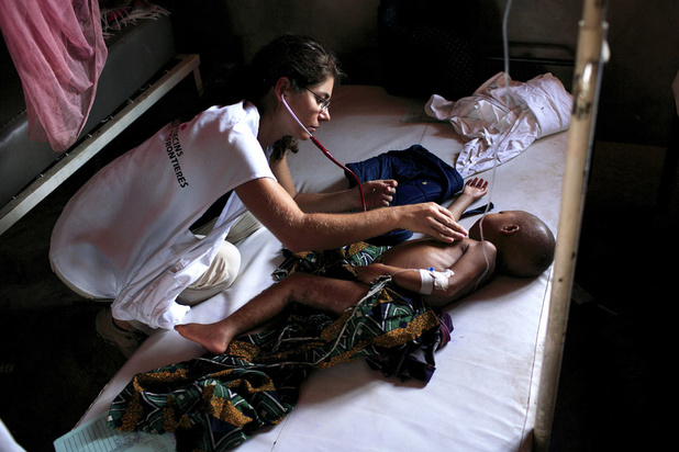 WHO slaat alarm: 's werelds ergste mazelenepidemie in Congo
