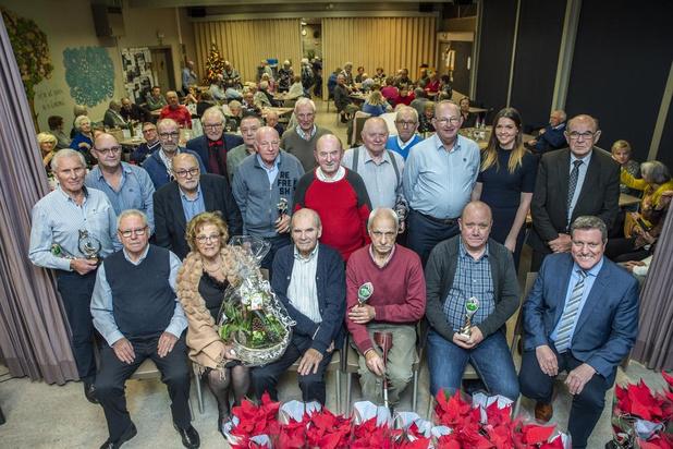 Kampioenen biljartclub Ten Elsberge in Roeselare gehuldigd