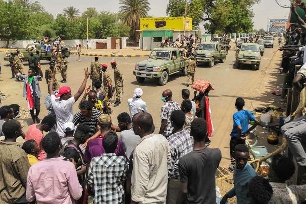 """Soudan: l'armée promet une déclaration """"importante"""" après quatre mois de manifestations"""