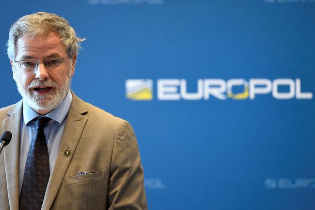 """Les polices européennes portent un """"coup sévère"""" à la propagande de l'EI"""