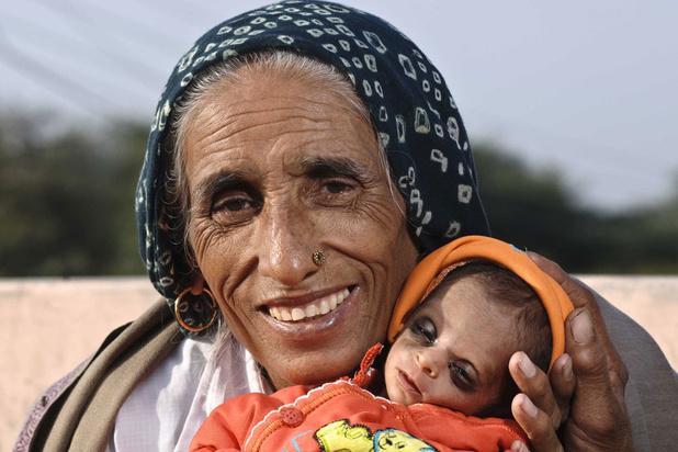 Mysterie van de dag: waarom kan in India een vrouw van boven de 70 jaar nog een kind hebben?