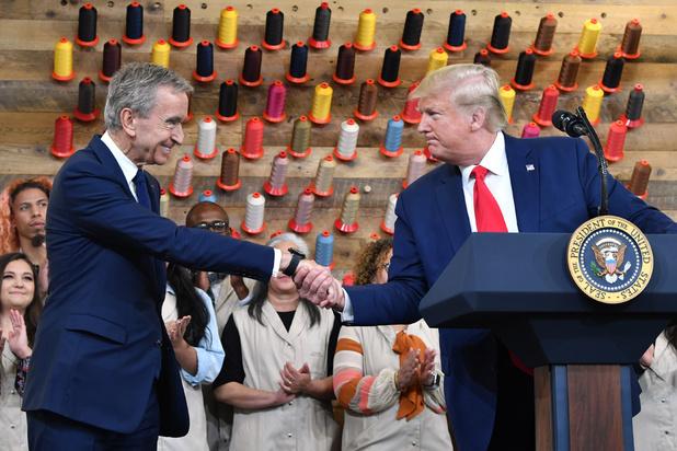 Donald Trump et Bernard Arnault tout sourire pour l'inauguration de l'atelier Louis Vuitton au Texas (en images)