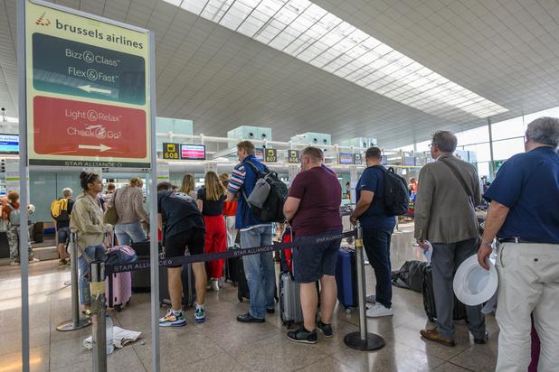 Les Belges qui voyagent mis en garde contre l'espionnage