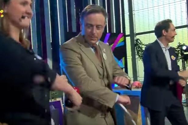 """Quand Bart de Wever danse (très mal) le """"Skibidi"""" dans une émission flamande pour enfants (VIDEO)"""