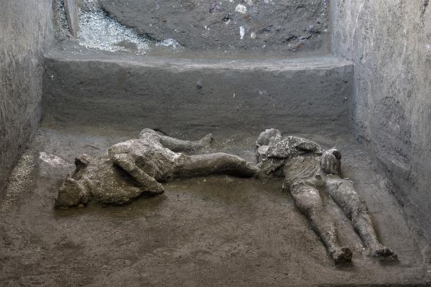 Pompéi: l'émouvante découverte de deux victimes de l'éruption du Vésuve de 79 ap.JC
