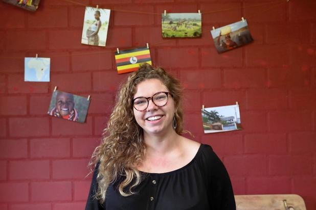 Studente Joline helpt vrouwen bevallen in het verre Oeganda