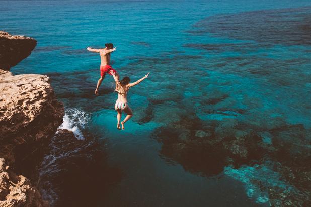 Le Belge prend de plus en plus de risques en vacances