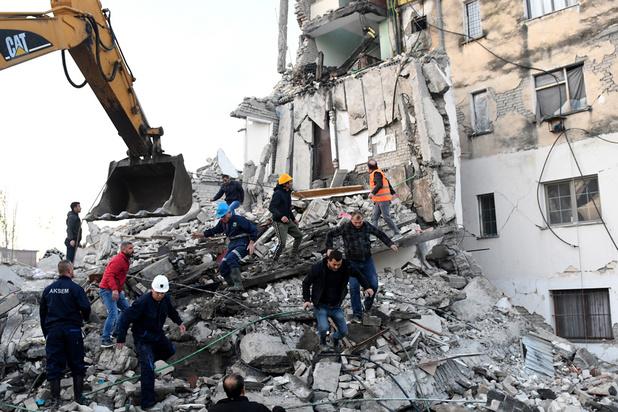 Un puissant séisme de magnitude 6,4 fait au moins six morts en Albanie