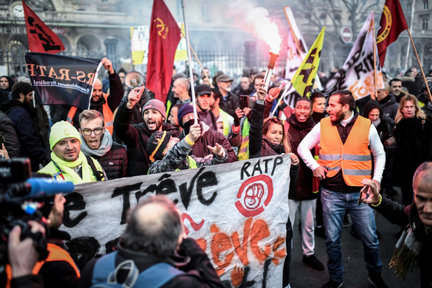 France: le conflit actuel aussi long que les grèves de 1995