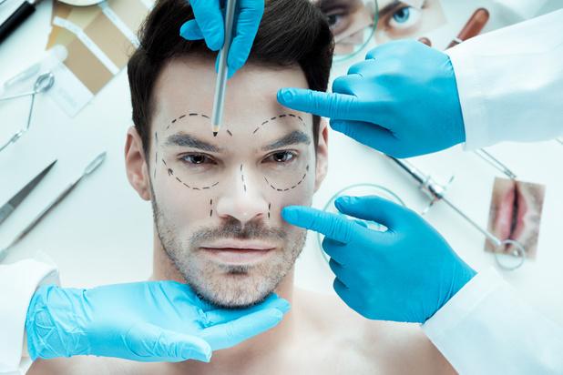 Décryptage: la chirurgie esthétique au masculin, ça donne quoi?