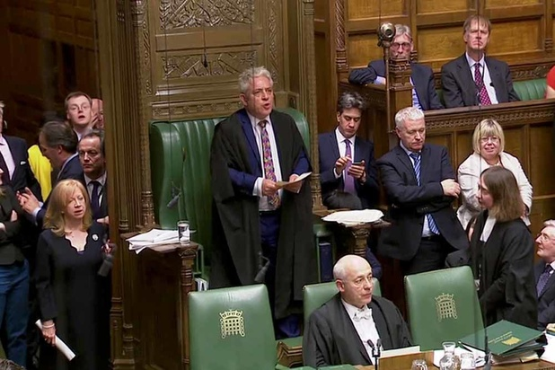 Suspension du Parlement britannique: la bataille tactique