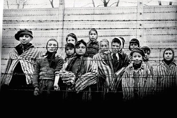 La négation de l'Holocauste désormais tabou sur Facebook