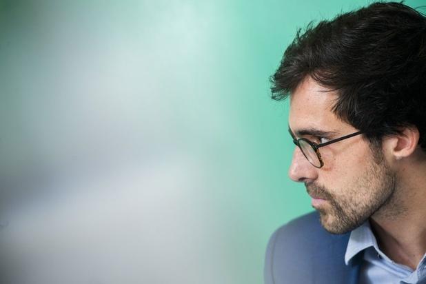 Kristof Calvo (Groen): 'Nodig blanco-stemmers uit om te spreken in het parlement'