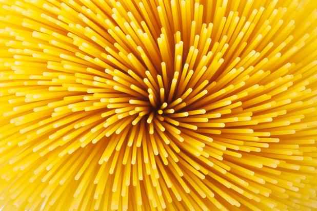 Mysterie van de dag: waarom breekt spaghetti steeds in drie of meer stukjes?