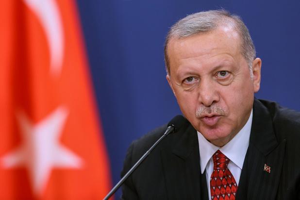 """Syrie: Erdogan accuse l'Occident de """"s'être rangé aux côtés des terroristes"""""""