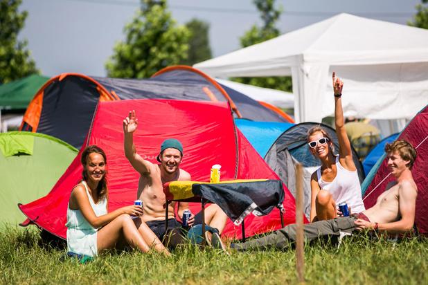 Bonnes affaires: acheter du matériel de camping de Tomorrowland