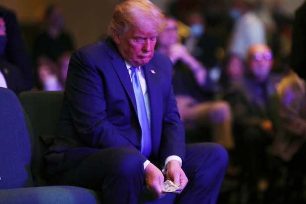 Le monde des affaires cible les portefeuilles de Trump et de ses partisans