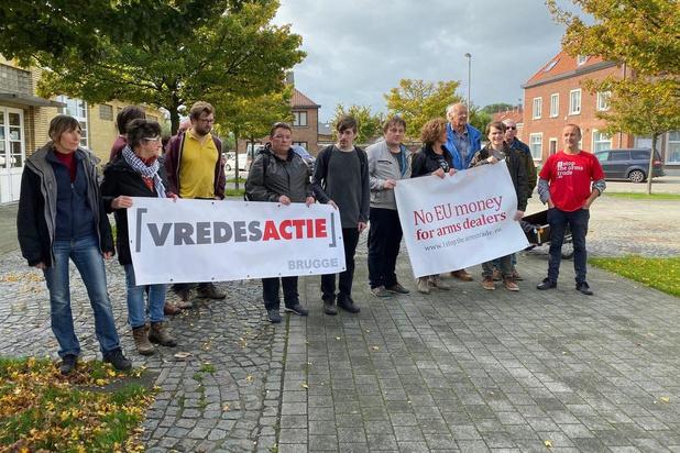 Manifestatie tegen ontscheping Amerikaanse troepen in Zeebrugge