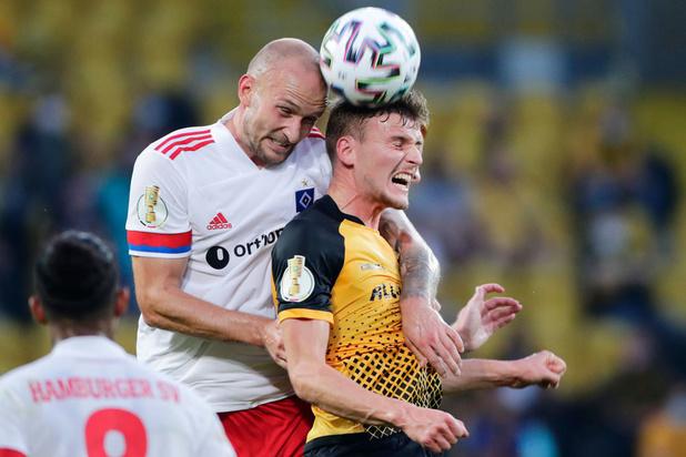 Le coup de sang d'un joueur d'Hambourg contre un supporter (VIDEO)