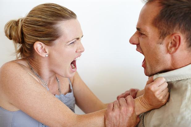 La violence conjugale a augmenté pendant le confinement, quels sont les facteurs déclenchants