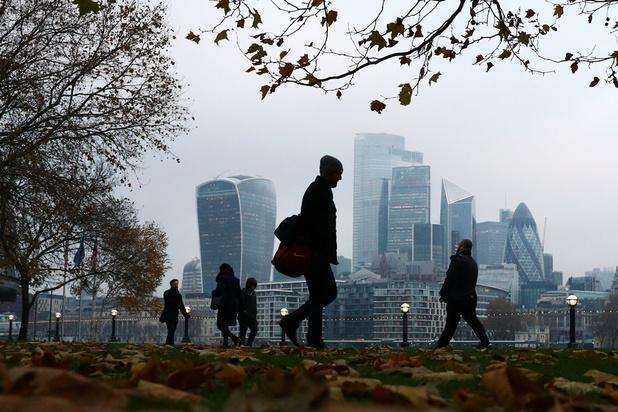 Britse top-CEO's verdienen gemiddeld jaarloon in 33 uur